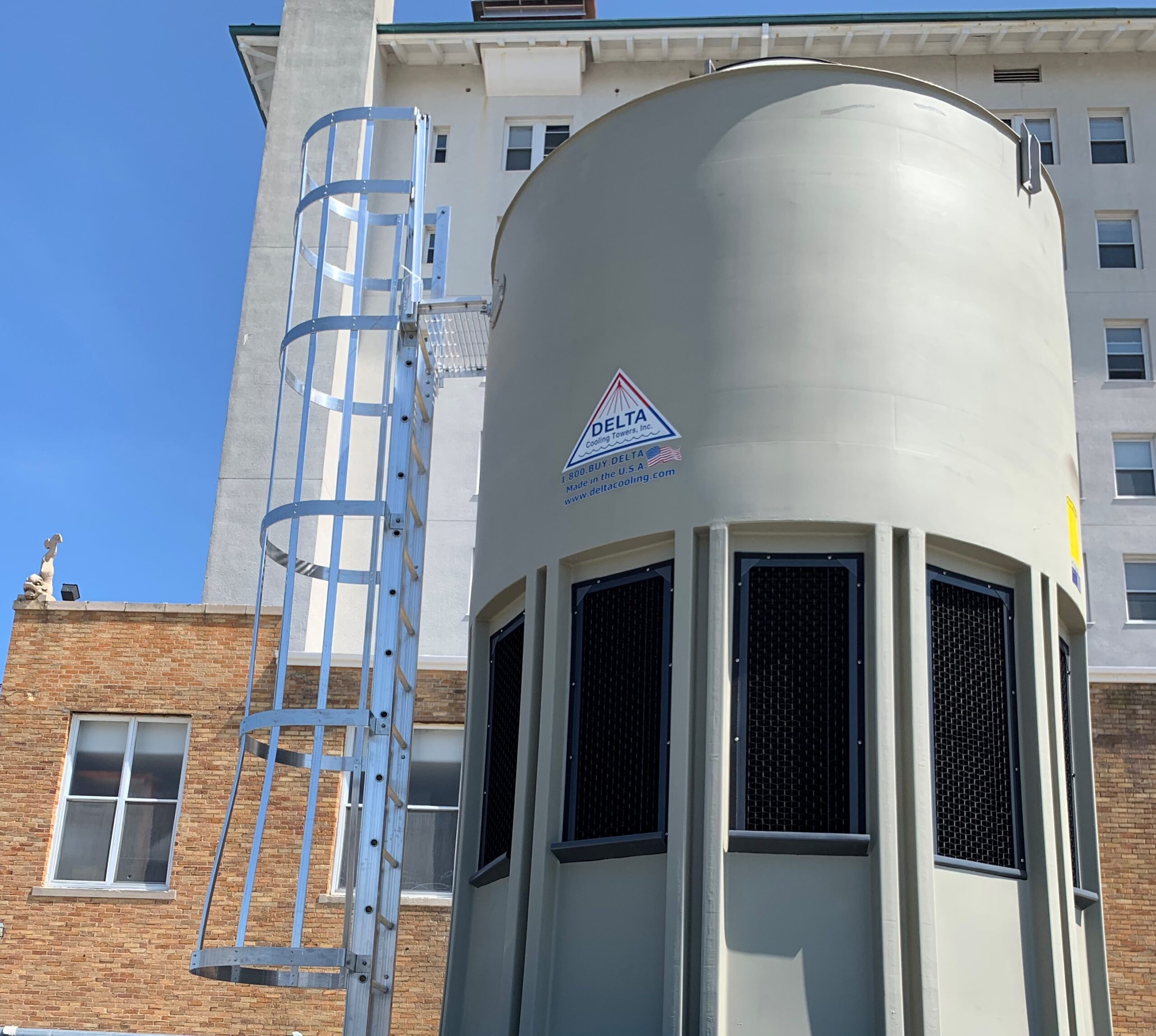 5 Reasons to Consider Replacing a Metal Cooling Tower